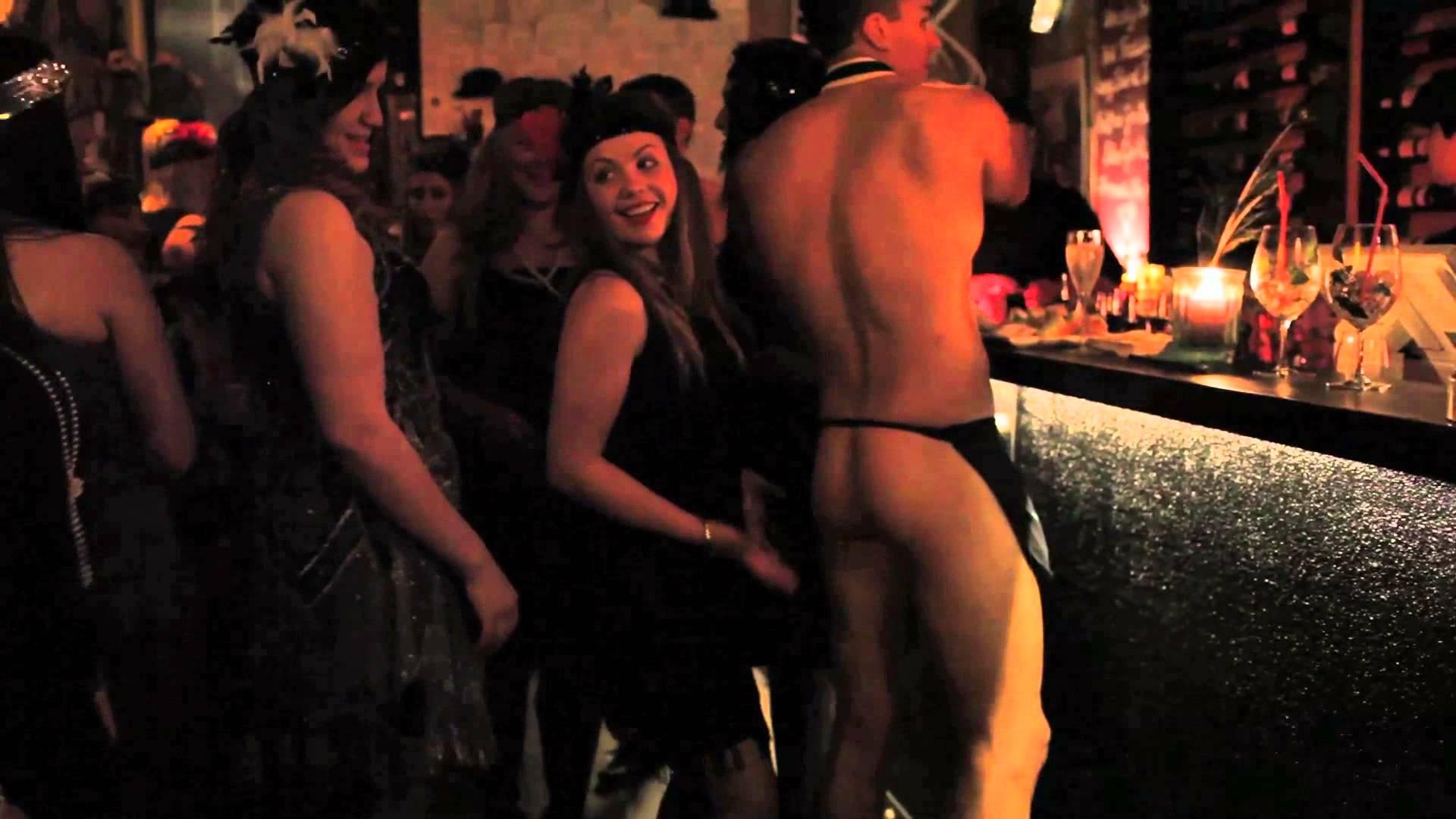 Striptease dinner
