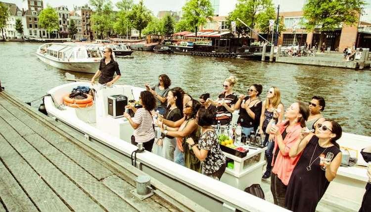Prosecco Cruise Amsterdam Bachelorette